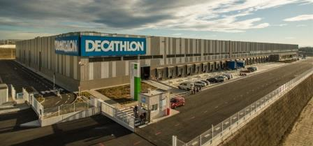 Font: https://saladeprensa.decathlon.es/?corporativos=decathlon-inaugura-en-barcelona-un-centro-logistico-de-40-000-m2
